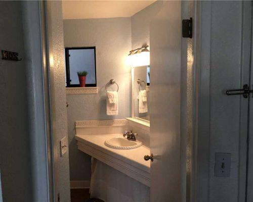 101-Bathroom