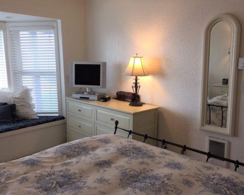 101-Bedroom-2-1