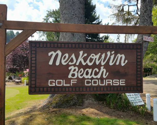 117 Neskowin Resort Golf Sign