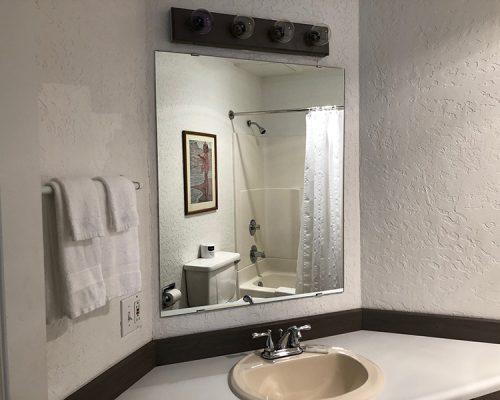 119-bathroom
