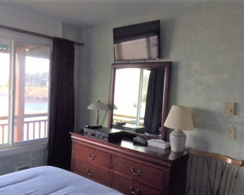 201-Bedroom-TV-and-Dresser