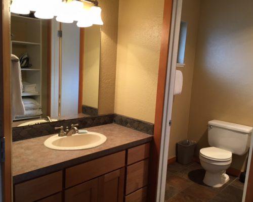 204-Bathroom