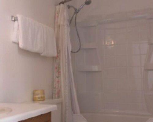 212-Bathroom-1