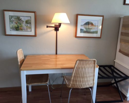 304-Dining-Table