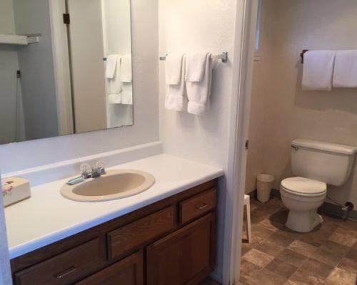 319-Bathroom
