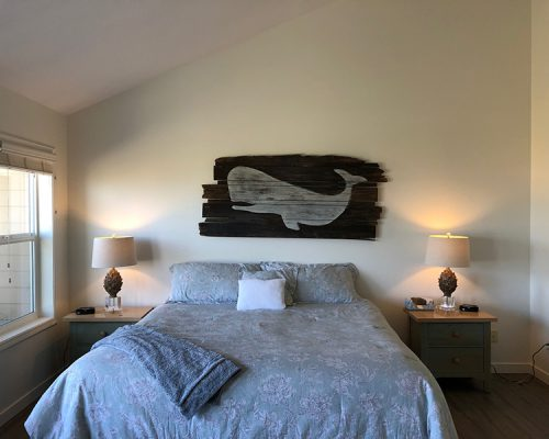bed-whale