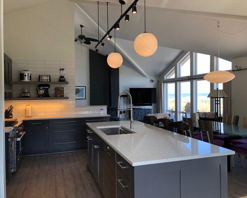 kitchen-dinningroom-tv